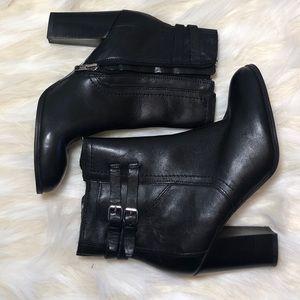 ~Marc Fisher~ NWOT black heel boots.